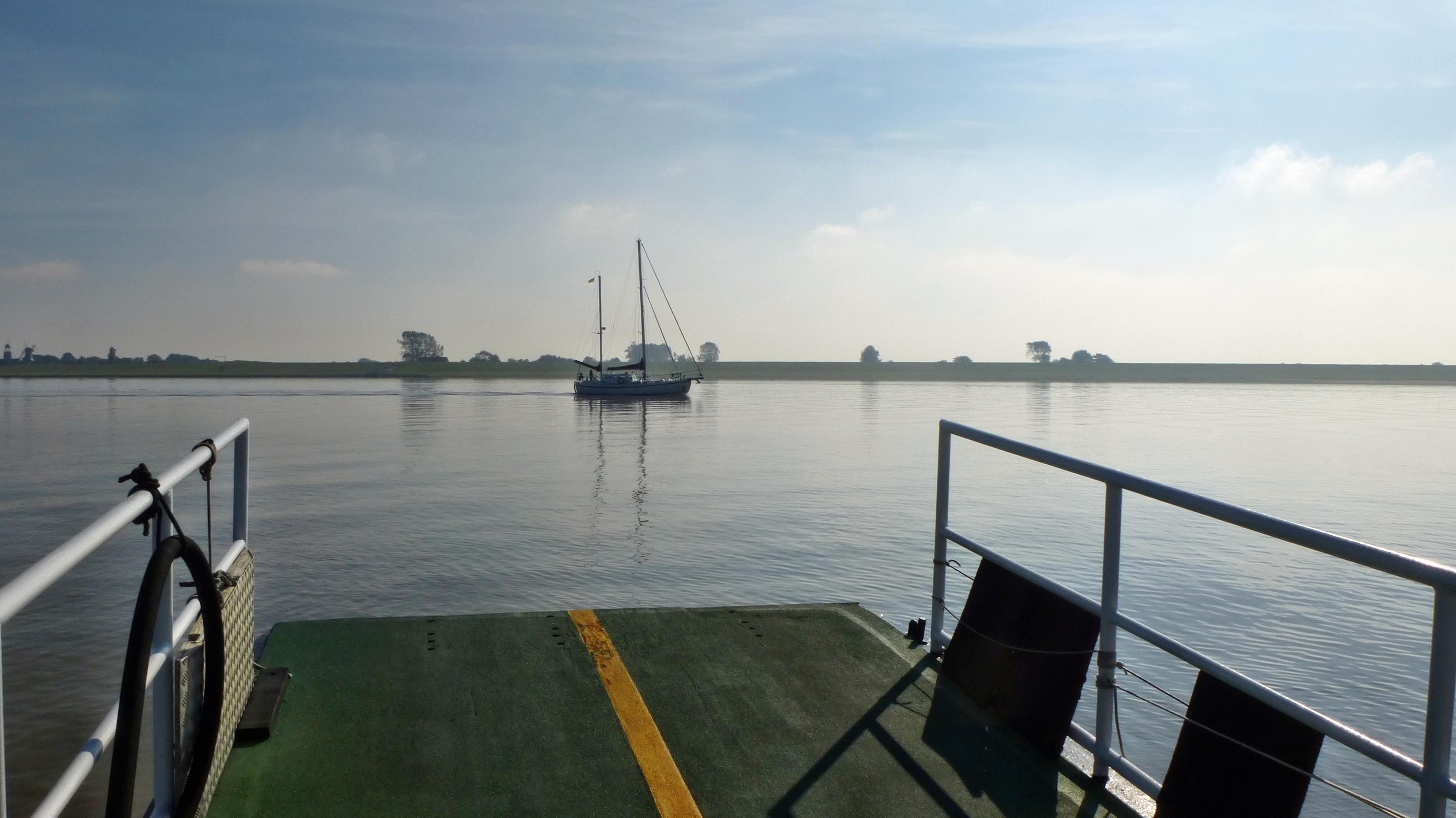 Am Hafen von Ditzum